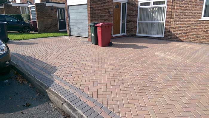 Pressure washing in reading patio driveway and decking for Driveway cleaning companies