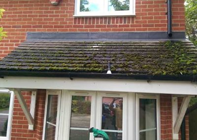 "Roof cleaning in Reading - ""before"""