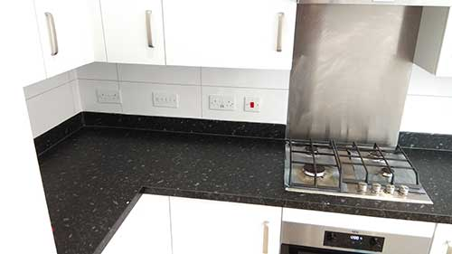 kitchen-splashback-tiling-reading